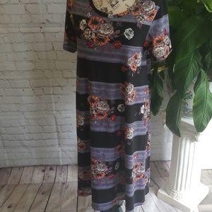 LULAROE LARGE CARLEY DRESS.